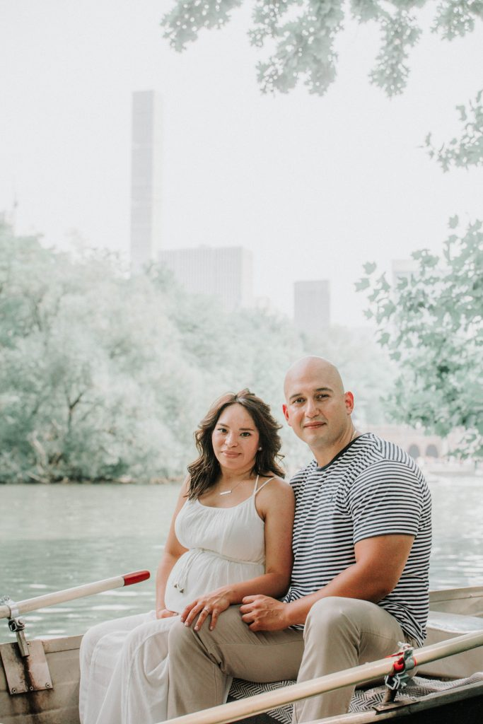 Central Park Rowboat Maternity Shoot